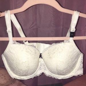 Victoria's Secret Dream Angels Lace Demi Bra White